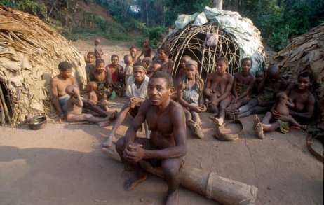 die Ureinwohner, die Pygmäen verlieren ihre Lebensgrundlage