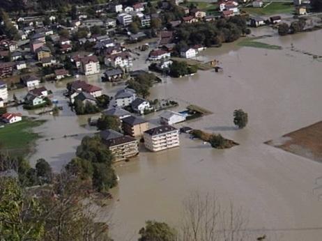Das ganze Dorf ist überschwemmt